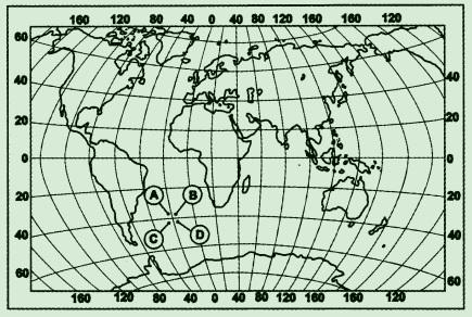 Какой буквой на карте мира обозначена точка, имеющая координаты 35° ю.ш. и 17° з.д.?